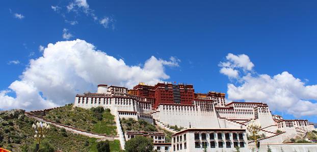 西藏年接待游客首破4000万人次