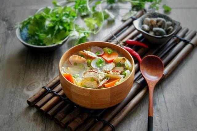 冬天喝羊肉汤不如多喝它成本低味道鲜简单好做