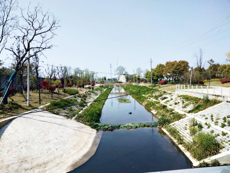 小官桥西新添滨水公园