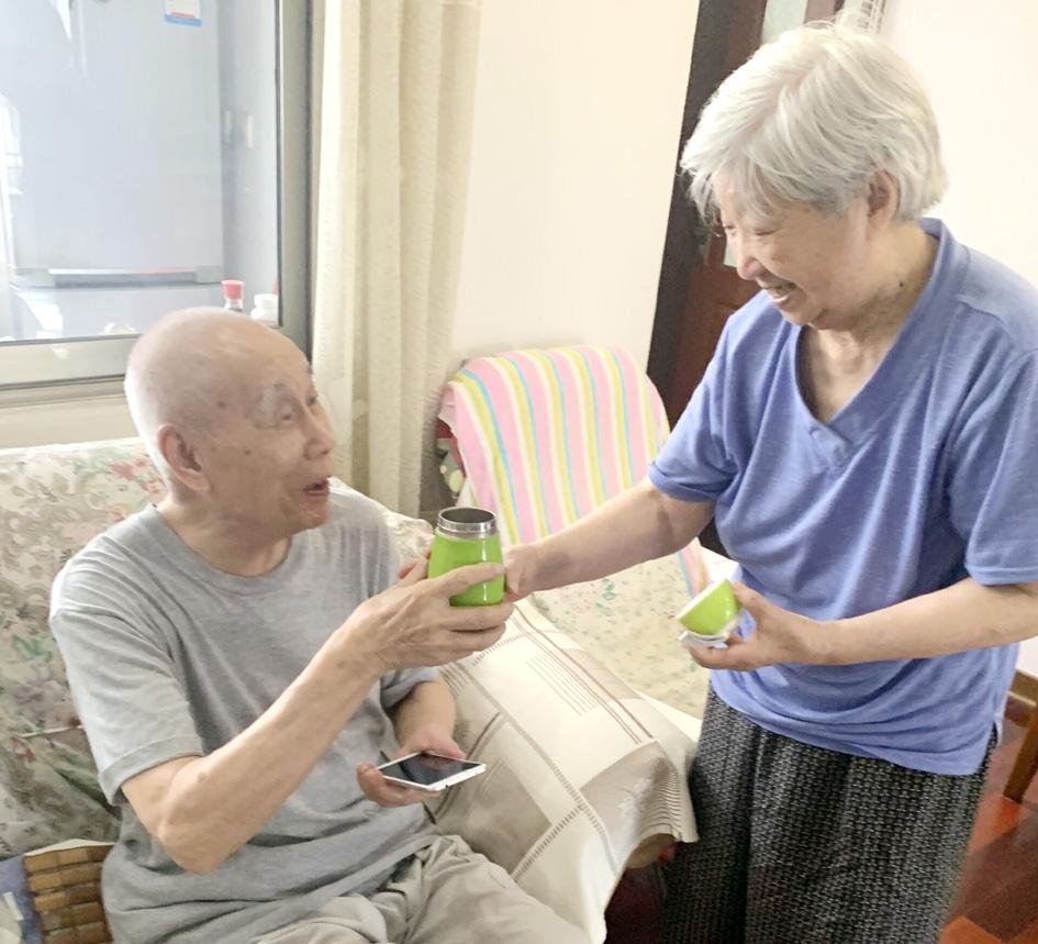 """八旬老兵夫妇替扬州""""代言""""""""到扬州养老,来对了!"""""""