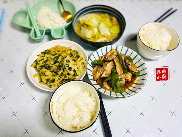 用简单的食材,做出适合一家三口的晚餐,超满足