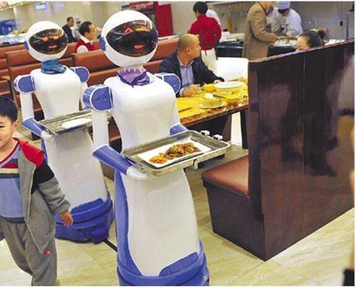 汉堡炒菜火锅样样行 餐饮机器人会取代厨师吗?