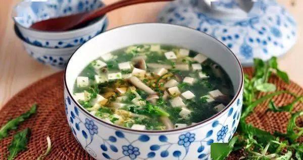 荠菜蟹菇豆腐羹-极致清鲜的快手汤