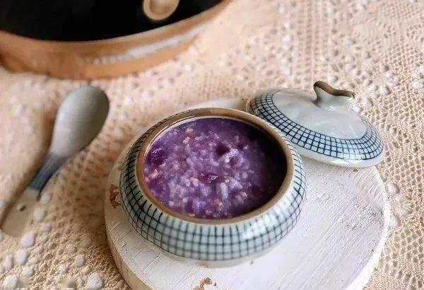 紫薯燕麦粥,润燥又温补,比喝小米粥还养人!