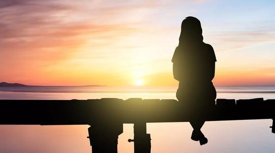 17岁女孩为何伤害自己? 这个问题不能忽视